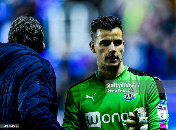 Newcastle United's Goalkeeper Karl Darlow walks off the pitch after the Sky Bet Championship Match between Reading and Newcastle United at the...