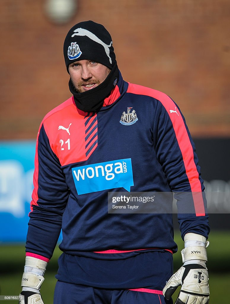 Newcastle United's Goalkeeper <a gi-track='captionPersonalityLinkClicked' href=/galleries/search?phrase=Rob+Elliot+-+Soccer+Goalkeeper&family=editorial&specificpeople=2833833 ng-click='$event.stopPropagation()'>Rob Elliot</a> walks outside during the Newcastle United Training session at The Newcastle United Training Centre on February 12, 2016, in Newcastle upon Tyne, England.