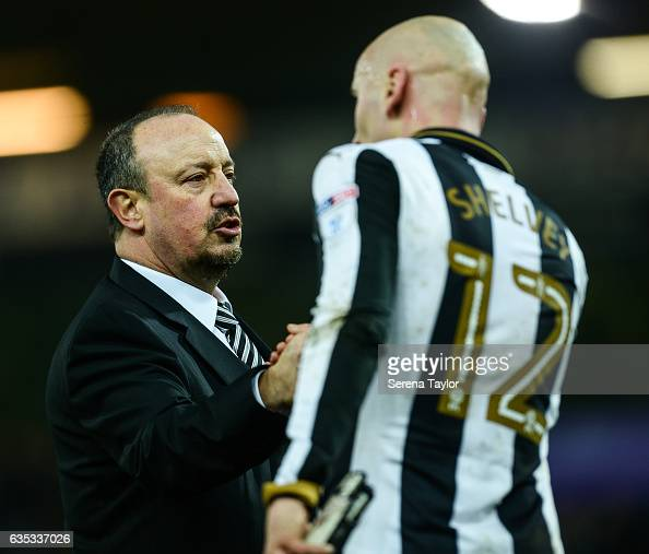Newcastle Unitedâs Manager Rafael Benitez shake hands with Jonjo Shelvey of Newcastle United during the Sky Bet Championship match between Norwich...