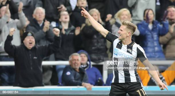 Newcastle United's Matt Richie celebrates scoring his side's first goal of the game during the Sky Bet Championship match at St James' Park Newcastle