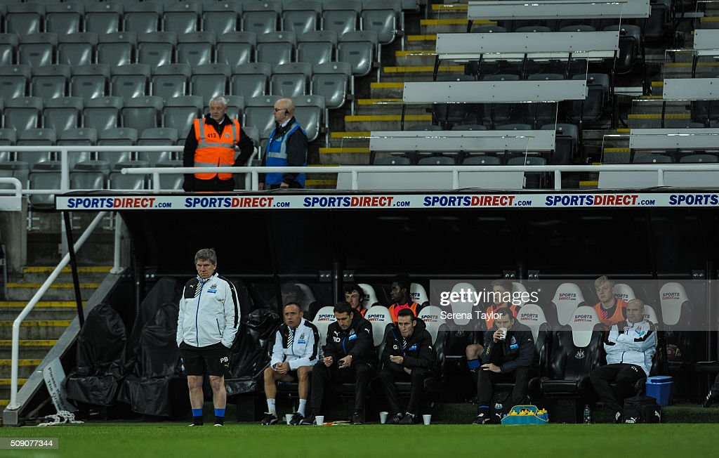 Newcastle's Football development manager <a gi-track='captionPersonalityLinkClicked' href=/galleries/search?phrase=Peter+Beardsley&family=editorial&specificpeople=3308009 ng-click='$event.stopPropagation()'>Peter Beardsley</a> (L) looks out of the dugouts during the Barclays Premier League U21 match between Newcastle United and Stoke City at St.James' Park on February 8, 2016, in Newcastle upon Tyne, England.