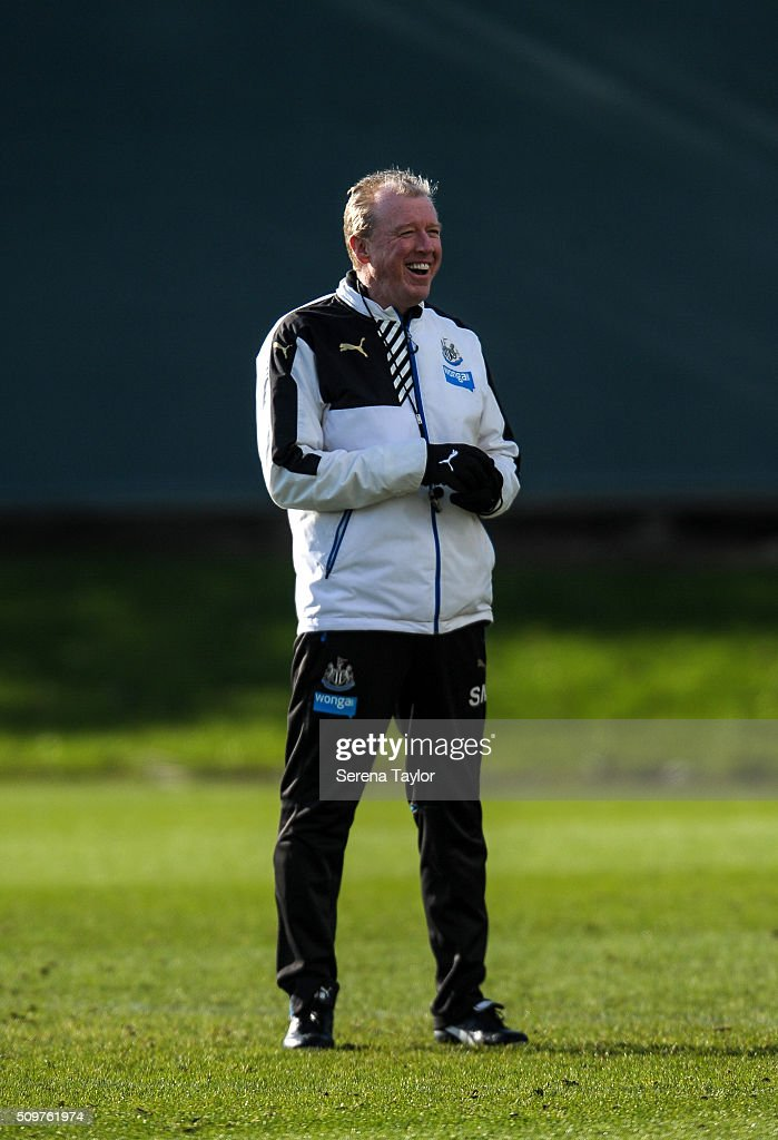 Newcastle's Head Coach <a gi-track='captionPersonalityLinkClicked' href=/galleries/search?phrase=Steve+McClaren+-+Soccer+Manager&family=editorial&specificpeople=210864 ng-click='$event.stopPropagation()'>Steve McClaren</a> smiles during the Newcastle United Training session at The Newcastle United Training Centre on February 12, 2016, in Newcastle upon Tyne, England.