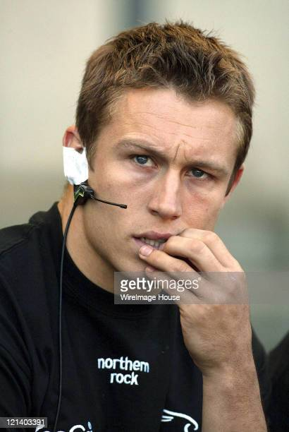 Newcastle's Jonny Wilkinson during Powergen Cup Final Newcastle Falcons v Sale Sharks April 17 2004 in London England Great Britain