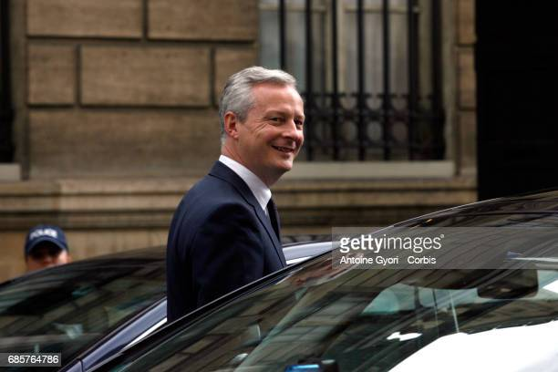 Newly appointed French Economy minister Bruno Le Maire leave the Elysee Presidential Palace after the first weekly cabinet meeting on May 18 2017 in...