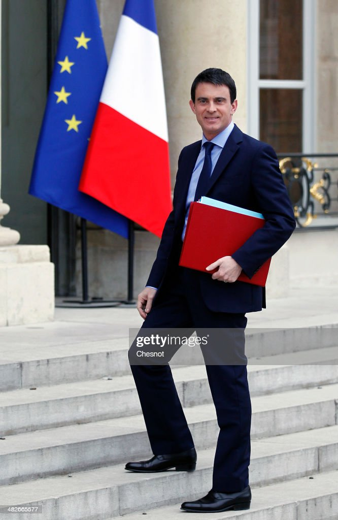 Newly appointed French Prime Minister <a gi-track='captionPersonalityLinkClicked' href=/galleries/search?phrase=Manuel+Valls&family=editorial&specificpeople=2178864 ng-click='$event.stopPropagation()'>Manuel Valls</a> arrives to attend a cabinet meeting at the Elysee Palace on April 4, 2014 in Paris France. It is the first weekly cabinet meeting of France's newly appointed Prime minister's government.