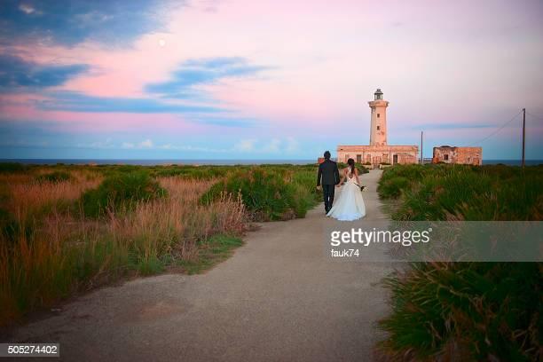 Sposi presso Plemmirio Faro, in Sicilia.