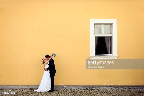 Brautpaar Küssen