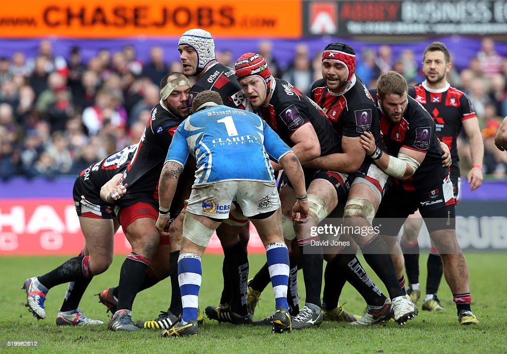 Newport Gwent United Kingdom  city photo : Newport Gwent Dragons do not contest a Gloucester Rugby lineout to ...