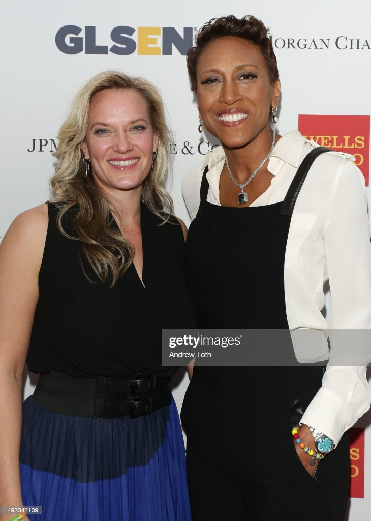 News anchor Robin Roberts (R) and partner Amber Laign attend 11th Annual GLSEN Respect awards at Gotham Hall on May 19, 2014 in New York City.