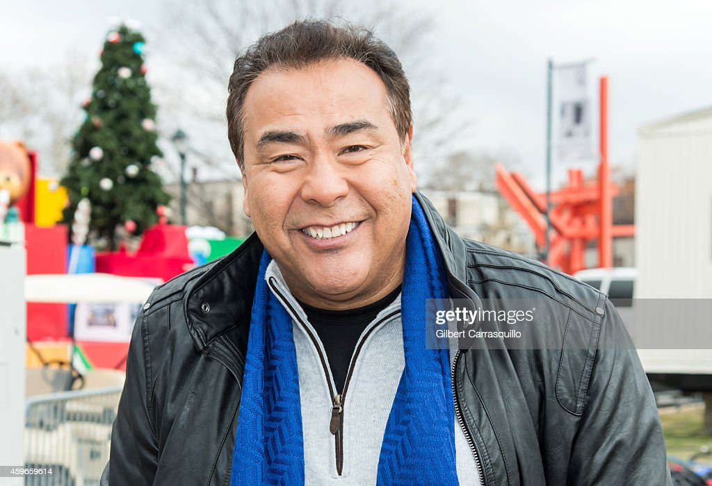 News correspondent John Quinones attends the 95th Annual 6abc Dunkin' Donuts Thanksgiving Day Parade on November 27 2014 in Philadelphia Pennsylvania