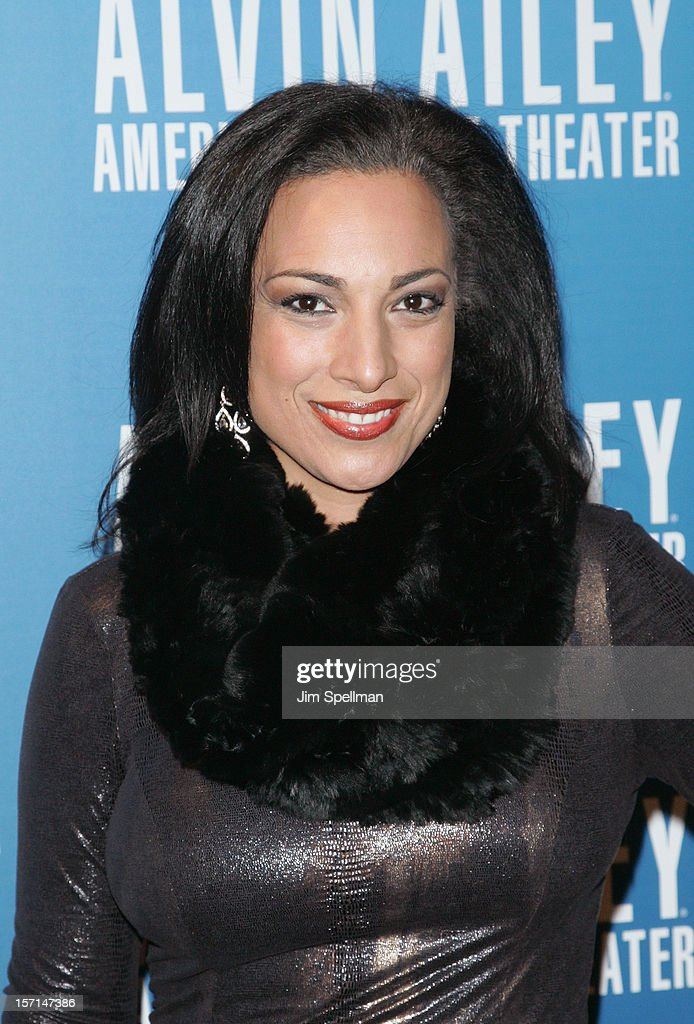 News Correspondent Michelle Miller attends the Alvin Ailey American Dance Theater Opening Night Gala at New York City Center on November 28, 2012 in New York City.