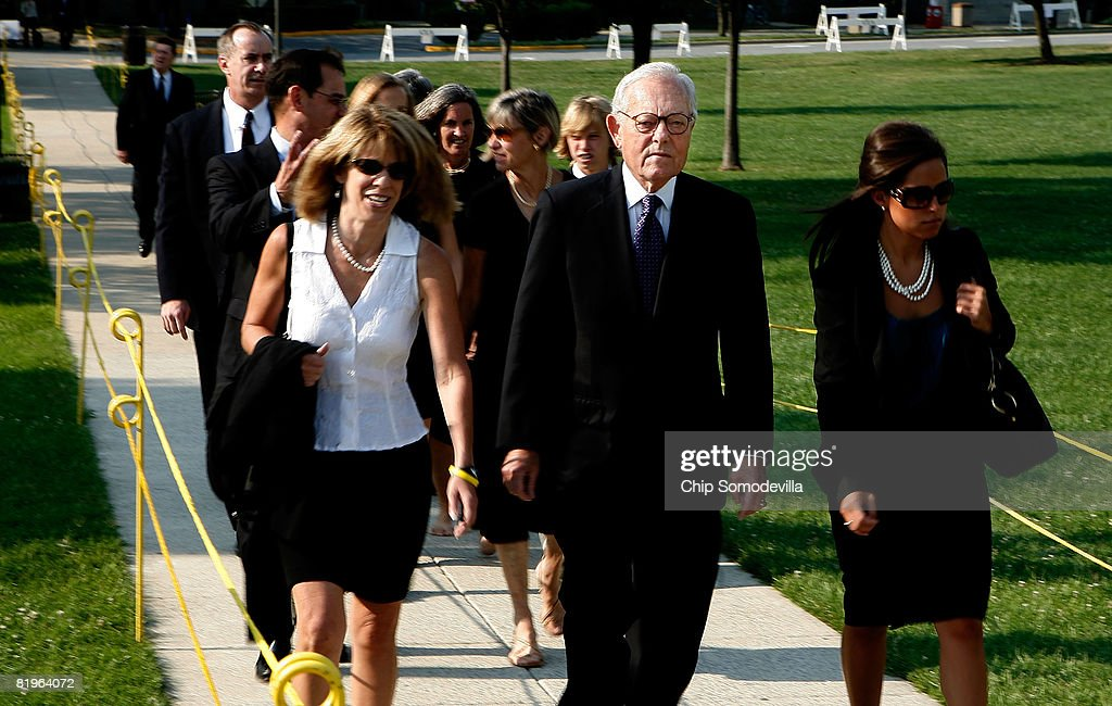 News' Face the Nation host Bob Schieffer (2nd R) arrives for the funeral for former White House Press Secretary Tony Snow at the Basillica of the National Shrine of the Immaculate Conception July 17, 2008 in Washington, DC. U.S. President George W. Bush and first lady Laura Bush attended the funeral for Snow, who died Saturday after a long battle with colon cancer.