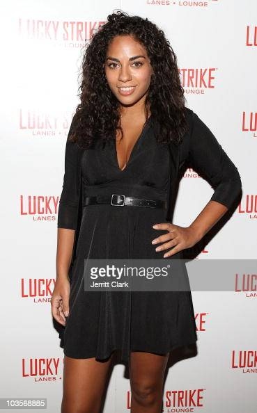 News' Sharon Carpenter attends YRB's 2010 art issue celebration at Lucky Strike on August 23 2010 in New York City