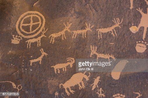 Newspaper Rock, petroglyphs