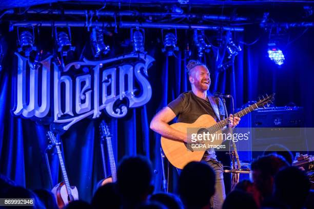 Newton Faulkner celebrating 10 years since the release of his 'Hand Built by Robots' album performs in Whelan's on Wexford Street