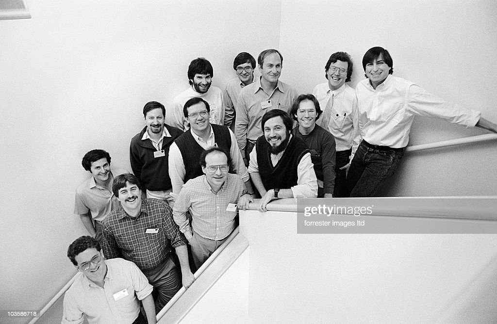 NeXT CEO <a gi-track='captionPersonalityLinkClicked' href=/galleries/search?phrase=Steve+Jobs&family=editorial&specificpeople=204493 ng-click='$event.stopPropagation()'>Steve Jobs</a> with NeXT software developers Palo Alto offices in March, 1988 during the first NeXT Developers Conference.