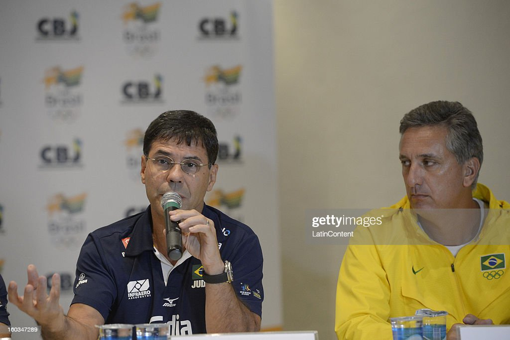 Ney Wilson (L) and Marcus Vinicius Freire (R) talk during the first official training season of the team, who will represent Brazil in the Olympic Games Rio 2016, at Maria Lenk Aquatic Center on January 29, 2013 in Rio de Janeiro, Brazil.