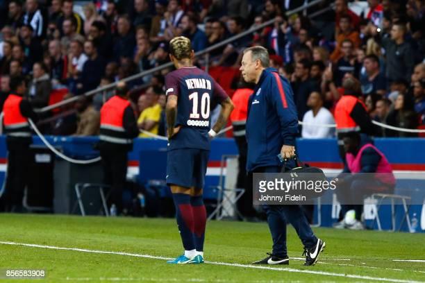 Neymar Jr and Bruno Le Natur physical therapist of Paris Saint Germain during the Ligue 1 match between Paris Saint Germain and FC Girondins de...