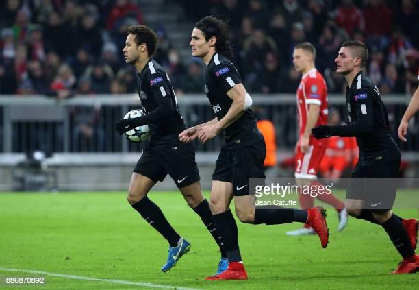 Neymar Jr Edinson Cavani Marco Verratti of PSG celebrate the goal of Kylian Mbappe during the UEFA Champions League group B match between Bayern...