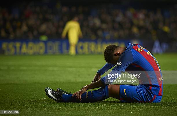 Neymar Jr of Barcelona lies on the pitch during the La Liga match between Villarreal CF and FC Barcelona at Estadio de la Ceramica on January 08 2017...
