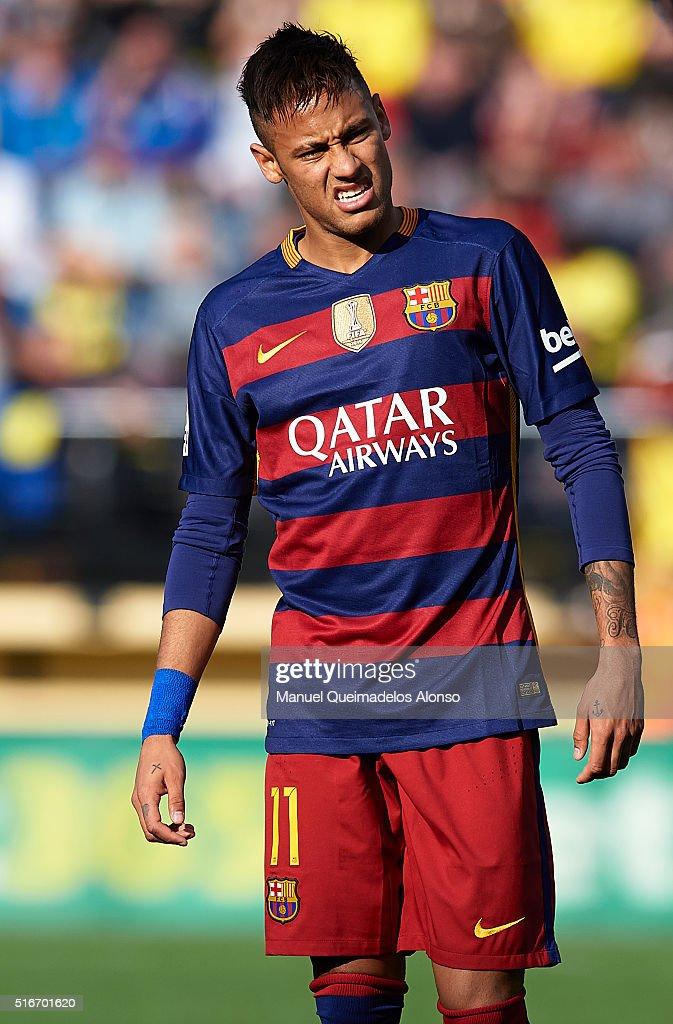 Neymar JR of Barcelona reacts during the La Liga match between Villarreal CF and FC Barcelona at El Madrigal on March 20, 2016 in Villarreal, Spain.