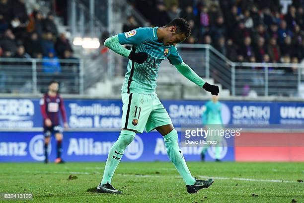 Neymar Jr of FC Barcelona celebrates after scoring his team's fourth goal during the La Liga match between SD Eibar and FC Barcelona at Ipurua...