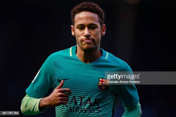 Neymar JR of FC Barcelona gestures during the La Liga match between Deportivo Alaves and FC Barcelona at Estadio de Mendizorroza on February 11 2017...