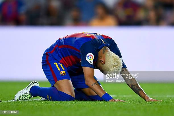 Neymar Jr of FC Barcelona reacts after missing a chance to score during the La Liga match between FC Barcelona and Deportivo Alaves at Camp Nou...