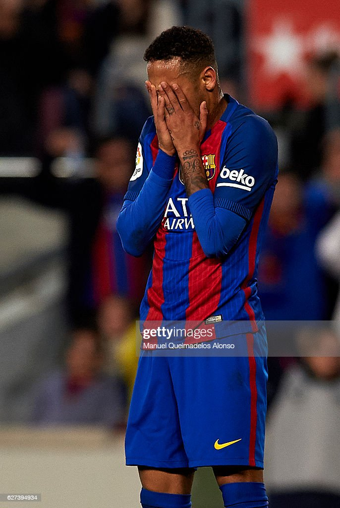 Neymar Jr of FC Barcelona reacts during the La Liga match between FC Barcelona and Real Madrid CF at Camp Nou stadium on December 03 2016 in...