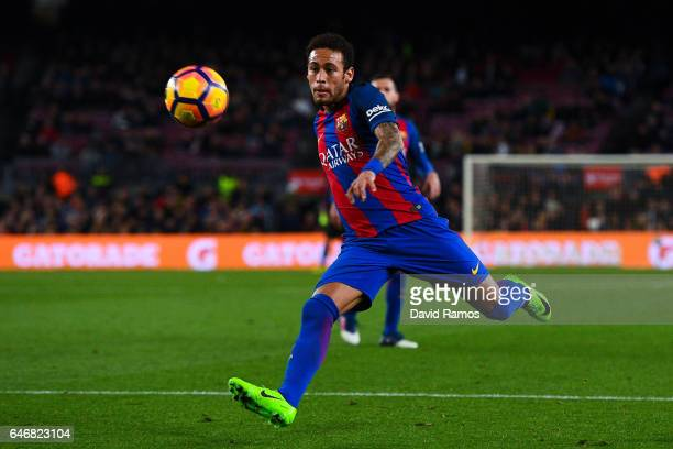 Neymar Jr of FC Barcelona shoots towards goal during the La Liga match between FC Barcelona and Real Sporting de Gijon at Camp Nou stadium on March 1...
