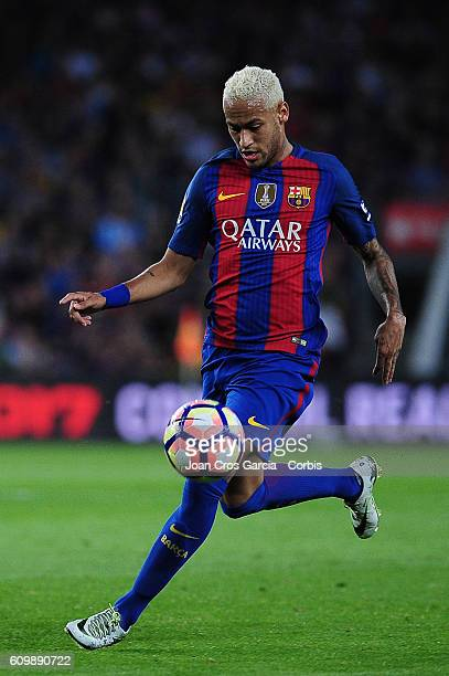 Neymar Jr of FC Barcelona with the ball during the Spanish League match between FC Barcelona vs Club Atlético de Madrid at Camp Nou Stadium on...