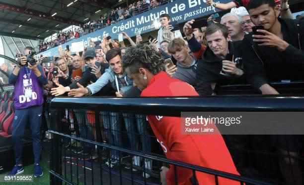 Neymar Jr of Paris SaintGermain arrive on the pitch before the French Ligue 1 match between EA Guingamp and Paris Saint Germain at Stade du Roudourou...