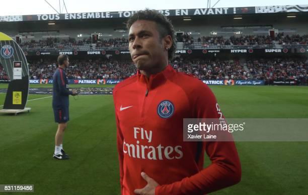 Neymar Jr of Paris SaintGermain reacts during the French Ligue 1 match between EA Guingamp and Paris Saint Germain at Stade du Roudourou on August 13...
