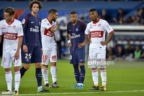 Neymar Jr of Paris SaintGermain reacts during the Ligue 1 match between Paris SaintGermain and Toulouse at Parc des Princes on August 20 2017 in...