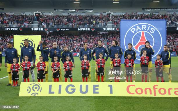 Neymar Jr of PSG and teammates before the French Ligue 1 match between En Avant Guingamp and Paris Saint Germain at Stade de Roudourou on August 13...