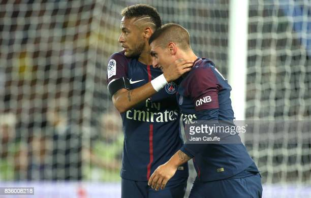Neymar Jr of PSG celebrates his first goal with Marco Verratti during the French Ligue 1 match between Paris Saint Germain and Toulouse FC at Parc...
