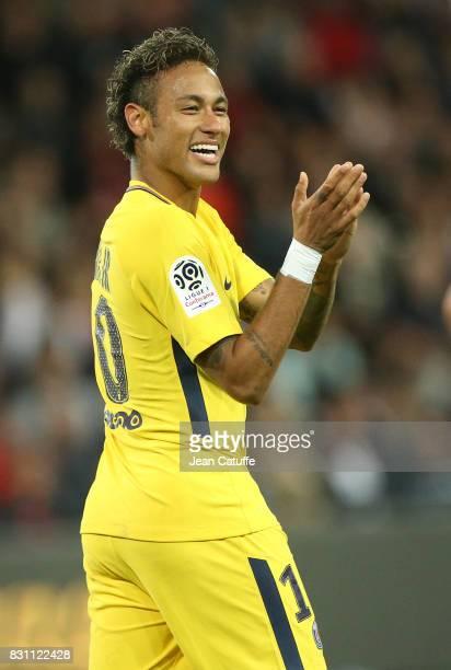 Neymar Jr of PSG celebrates his goal during the French Ligue 1 match between En Avant Guingamp and Paris Saint Germain at Stade de Roudourou on...