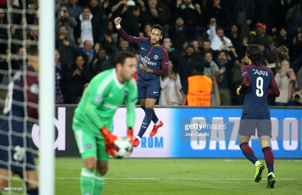Neymar Jr of PSG celebrates his goal while goalkeeper of Anderlecht Frank Boeckx holds the ball during the UEFA Champions League group B match between Paris Saint-Germain (PSG) and RSC Anderlecht at Parc des Princes on October 31, 2017 in Paris, France.