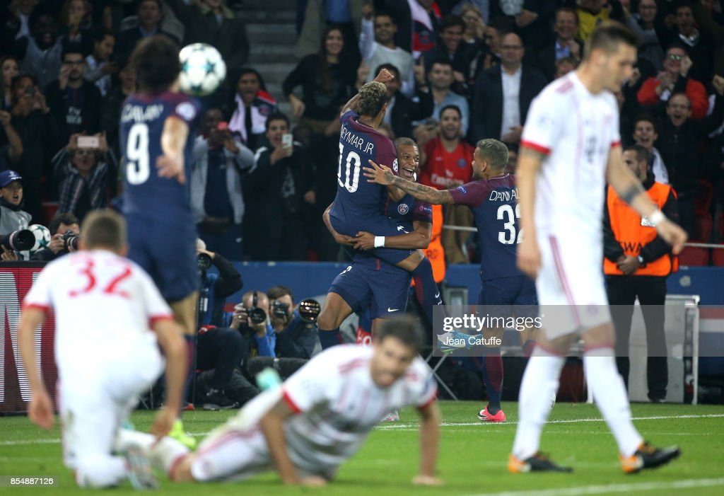 Neymar Jr of PSG celebrates his goal with Kylian Mbappe, Dani Alves aka Daniel Alves during the UEFA Champions League group B match between Paris Saint-Germain (PSG) and Bayern Muenchen (Bayern Munich) at Parc des Princes on September 27, 2017 in Paris, France.