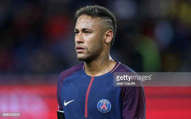 Neymar Jr of PSG during the French Ligue 1 match between Paris Saint Germain and Toulouse FC at Parc des Princes on August 20 2017 in Paris France