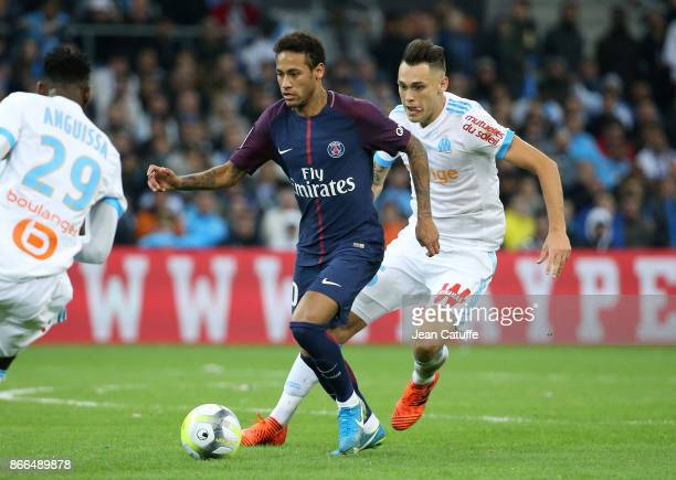 Neymar Jr of PSG Lucas Ocampos of OM during the French Ligue 1 match between Olympique de Marseille and Paris Saint Germain at Stade Velodrome on...
