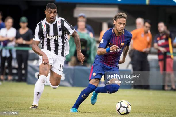 Neymar of Barcelona cuts past Mario Lemina of Juventus during the International Champions Cup match between FC Barcelona and Juventus at the MetLife...