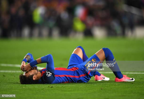 Neymar of Barcelona is dejected after the UEFA Champions League Quarter Final second leg match between FC Barcelona and Juventus at Camp Nou on April...
