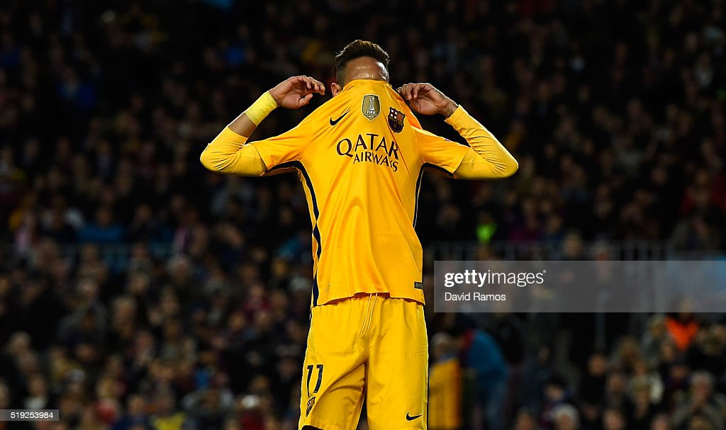 Neymar of Barcelona reacts after a miss during the UEFA Champions League quarter final first leg match between FC Barcelona and Club Atletico de Madrid at Camp Nou on April 5, 2016 in Barcelona, Spain.