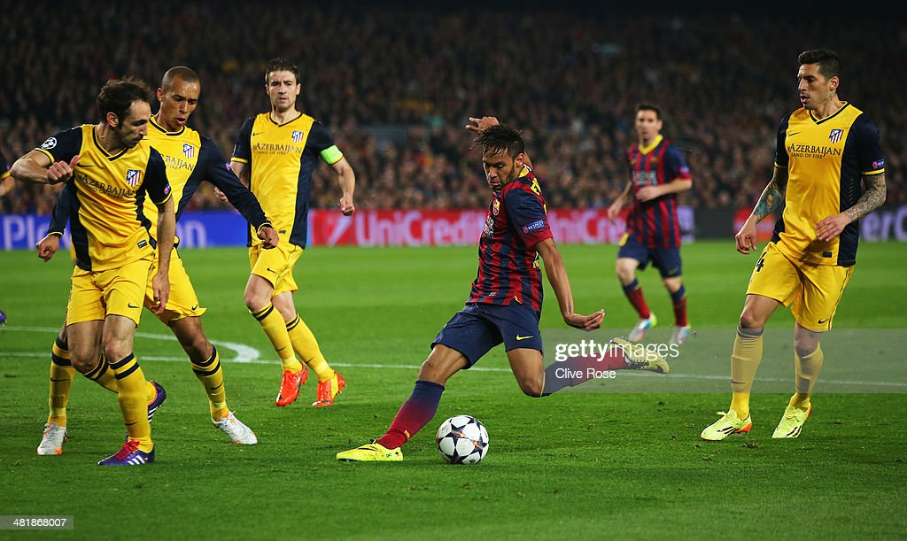 Neymar of Barcelona shoots at goal during the UEFA Champions League Quarter Final first leg match between FC Barcelona and Club Atletico de Madrid at Camp Nou on April 1, 2014 in Barcelona, Spain.
