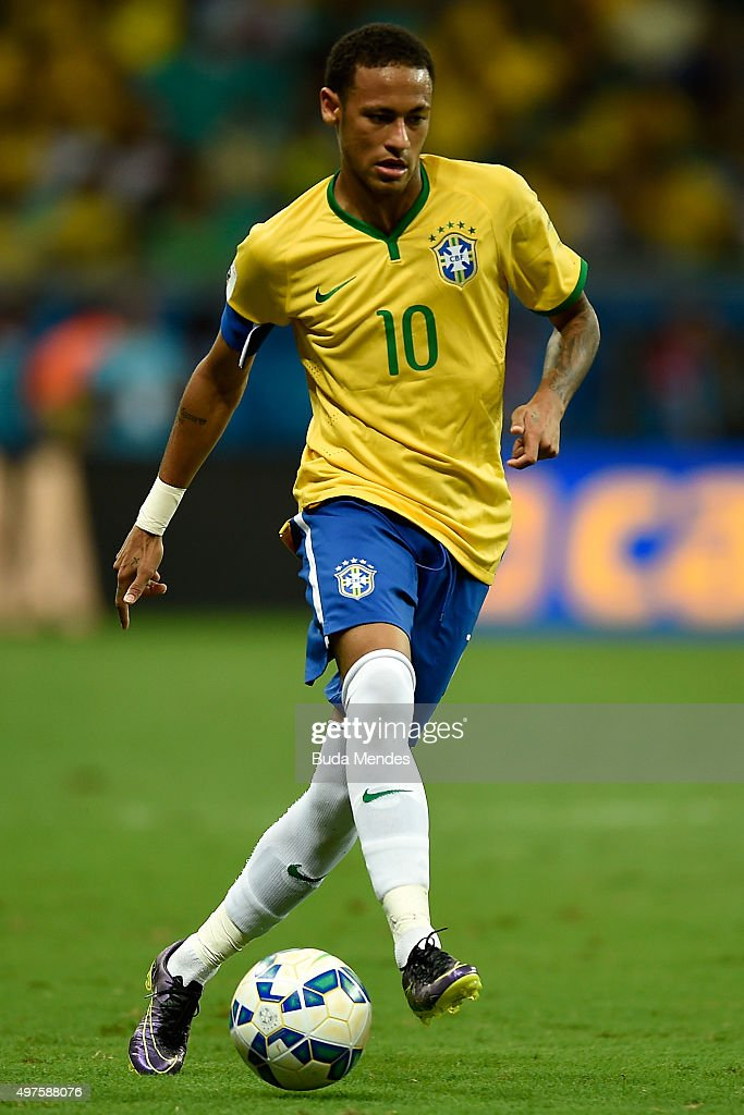 Neymar of Brazil controls the ball with of Peru during a match between Brazil and Peru as part of 2018 FIFA World Cup Russia Qualifiers at Arena...