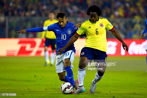 Neymar of Brazil fights for the ball with Carlos Sanchez of Colombia during the 2015 Copa America Chile Group C match between Brazil and Colombia at...