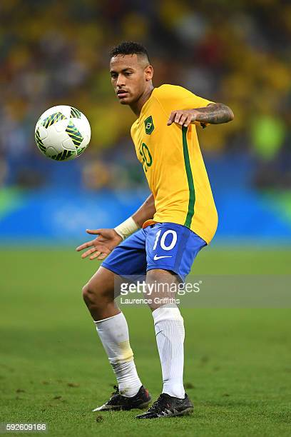 Neymar of Brazil in action during the Men's Football Final between Brazil and Germany at the Maracana Stadium on Day 15 of the Rio 2016 Olympic Games...