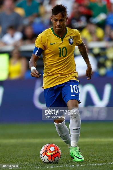 Neymar of Brazil moves the ball during their match against the Costa Rica at Red Bull Arena on September 5 2015 in Harrison New Jersey