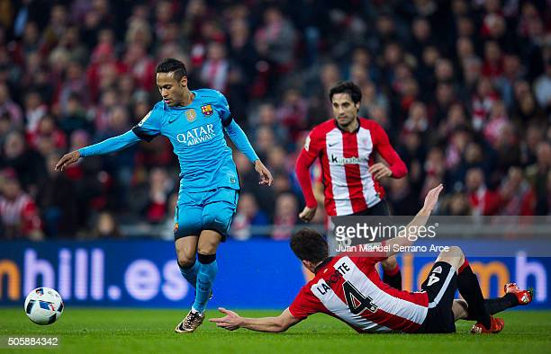 Neymar of FC Barcelola duels for the ball with Aimeric Laporte of Athletic Club during the Copa del Rey Quarter Final First Leg match between...